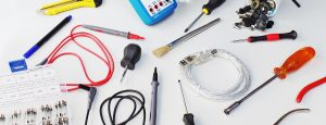 diverse Werkzeuge und Reparaturzubehör Streubild